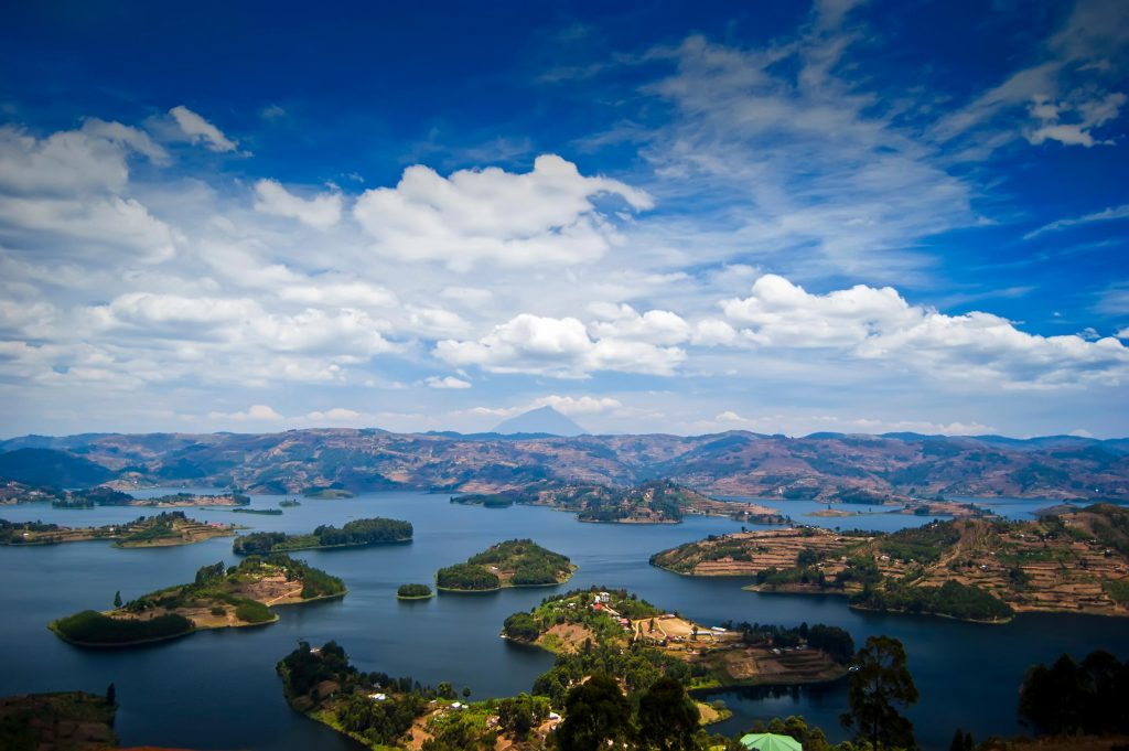 Overview-of-Lake-Bunyonyi-in-Kabale